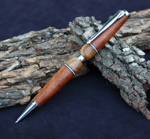 Mesquite and Live Oak Pen